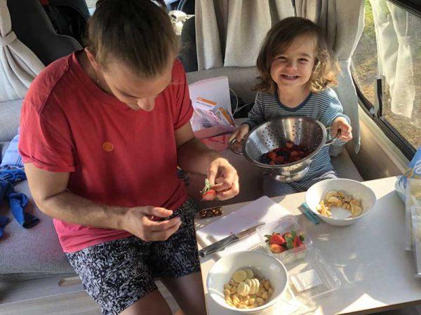 Frühstück im Camper in Darwin