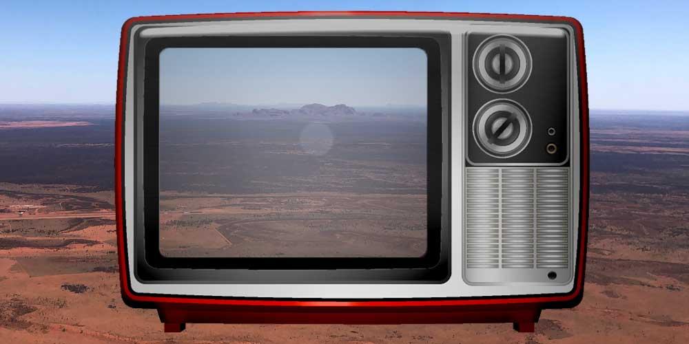 Fernseher mit Australien-Outback Bild