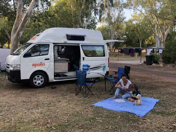 Hochdach-Camper in Australien