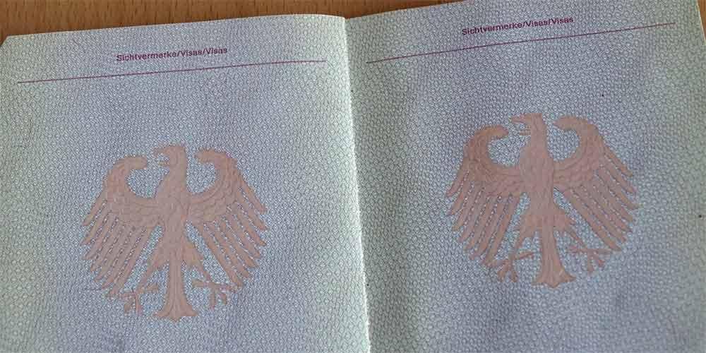 Pass mit Visa Seiten