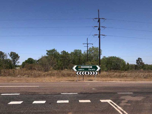 Verkehrsschild Jabiru-Darwin