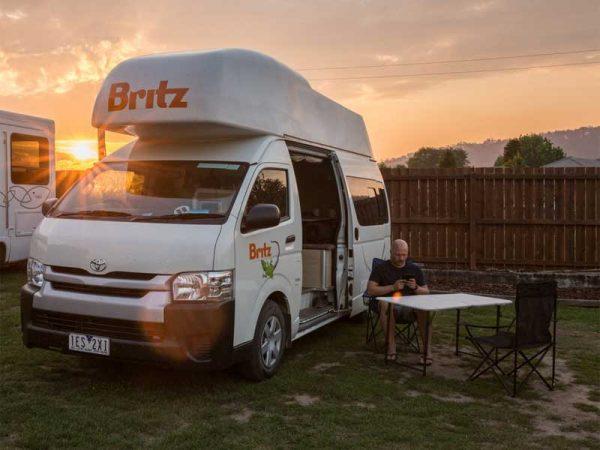 XL Hochdach-Camper in Australien