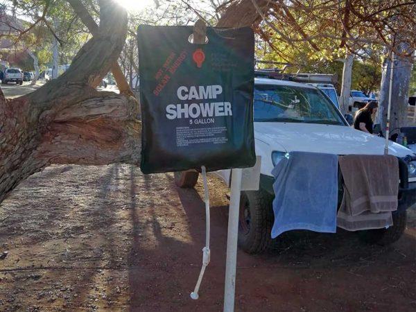 Outdoor Solardusche beim Camping