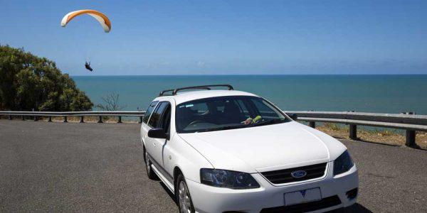 Stationwagon an der Küste Australiens / Bildquelle: Travellers Autobarn