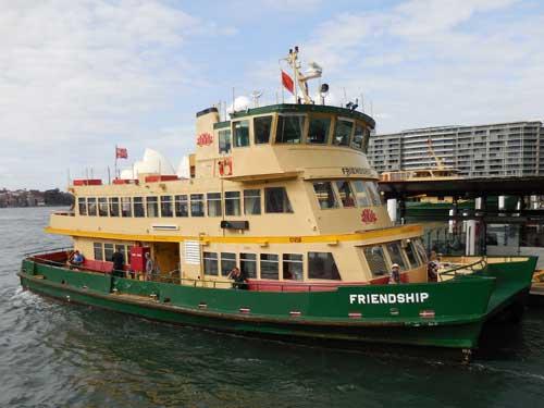 Sydney Ferry am Circular Quay