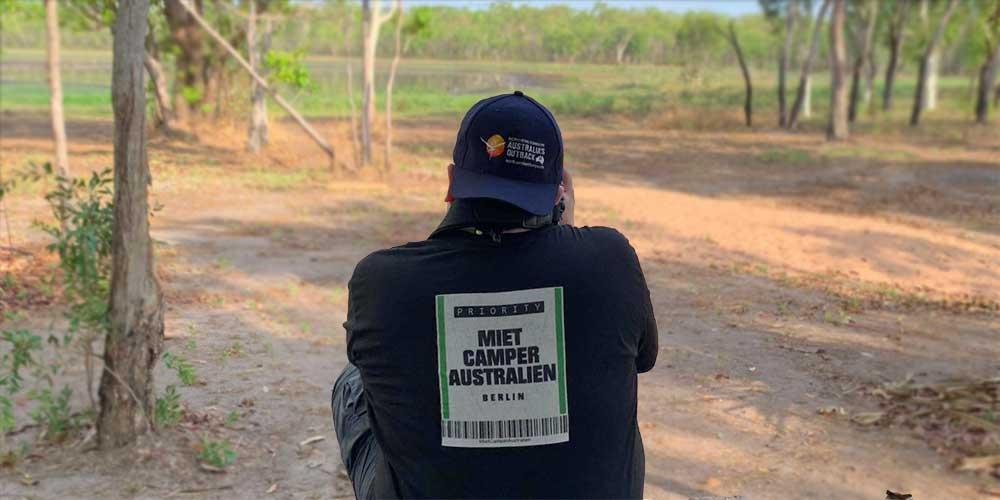 Mitarbeiter von MietCamper Australien im Northern Territory
